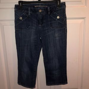 Mossimo Supply Co Cropped Jeans Size 3